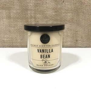 DW Home Vanilla Bean Hand-Poured 4oz Candle